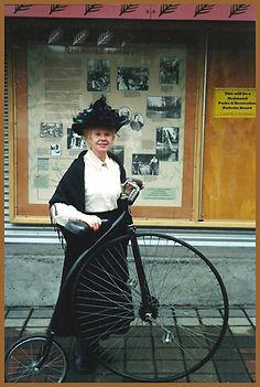 Naomi Hardy in 2002