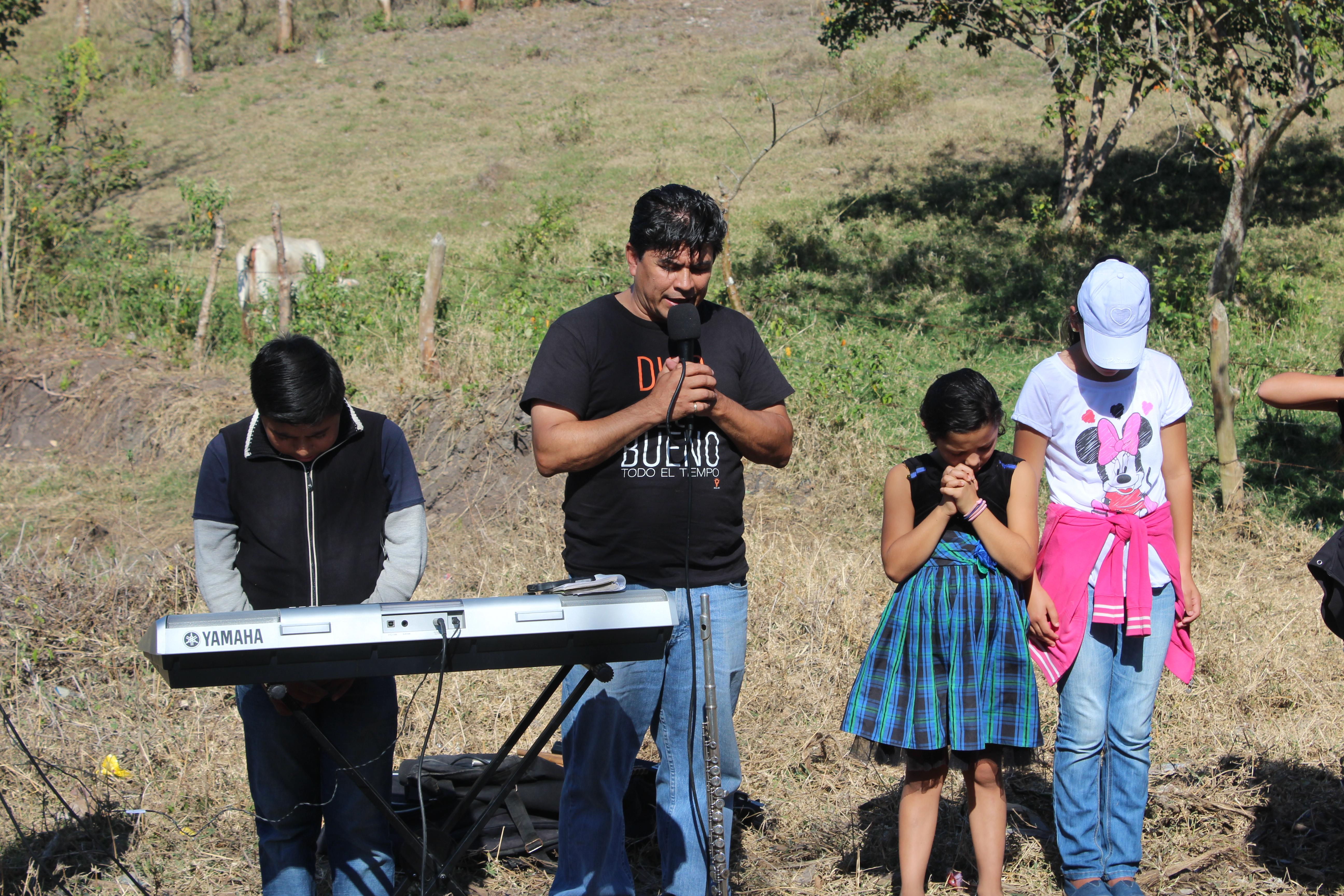 Paston Martín Preaching