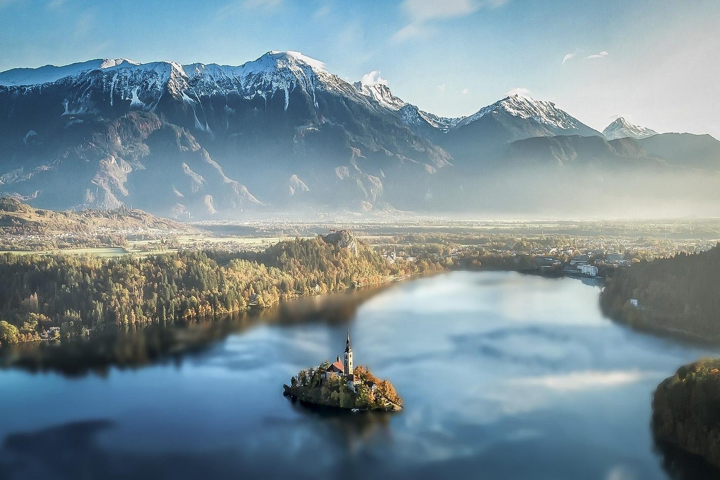 Il lago ed il castello di Bled