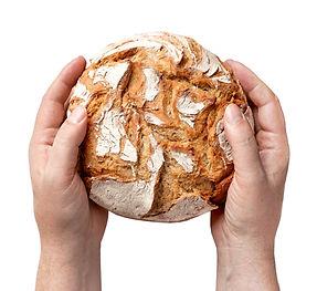 handen met brood .jpg