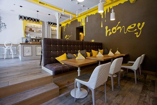 Honey кафе-кондитерська на Н.Валу 19-21, Київ