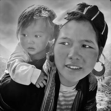 Jeune fille et son enfant