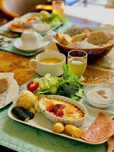 Breakfast Sept.jpg