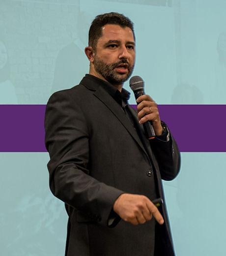 Paulo Bomfim - Contrate palestras de liderança, treinamentos de liderança, workshops de liderança, c