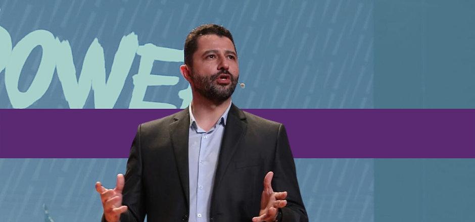 Contrate uma palestra do Paulo Bomfim Oficial para sua equipe