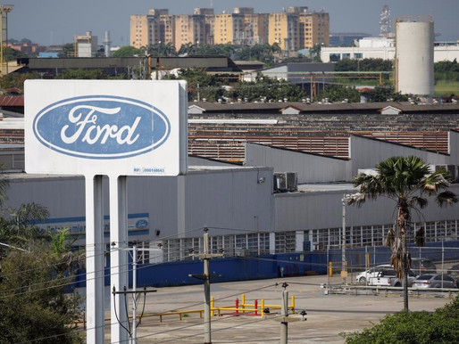 FORD OFFERS A START UP IN SILICON VALLEY TO BUILD S/W