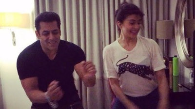 SALMAN AND JACQUELINE TAP THEY FEET FOR TAN TANA TAN