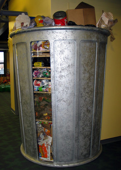 Giant Trash Can: Oh, Rubbish!