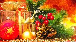 beautiful_christmas_arrangement-wallpape
