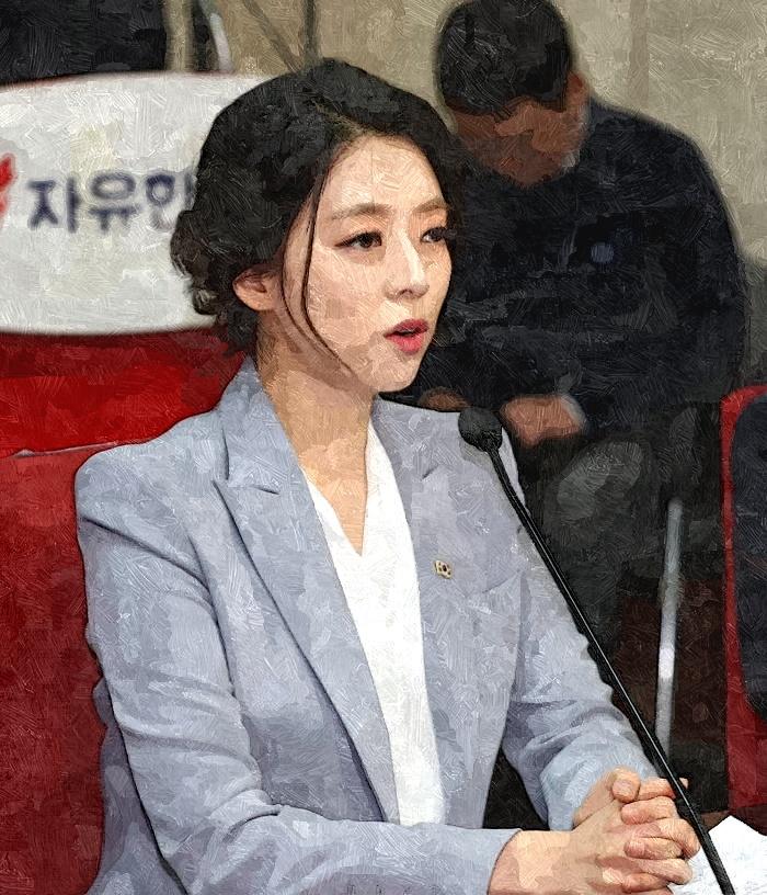 배현진 (4)