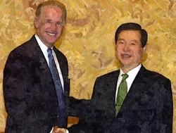 2001.존바이든,김대중