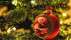 christmas_tree_decorations-wallpaper-384