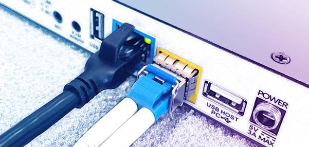 Redundancy over ethernet + fiber.png