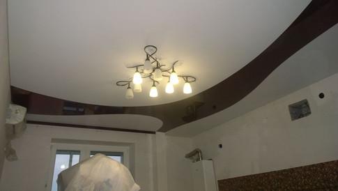 Комбинированный потолок интересная форма