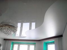 Комбинированный потолок глянец и мат
