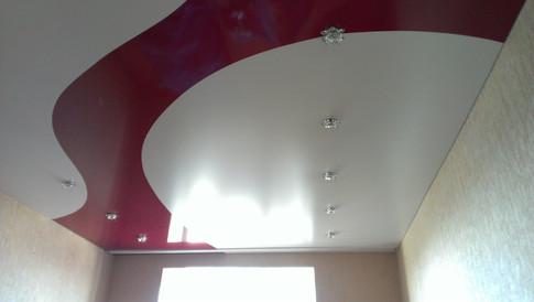 Комбинированный потолок криволинейный