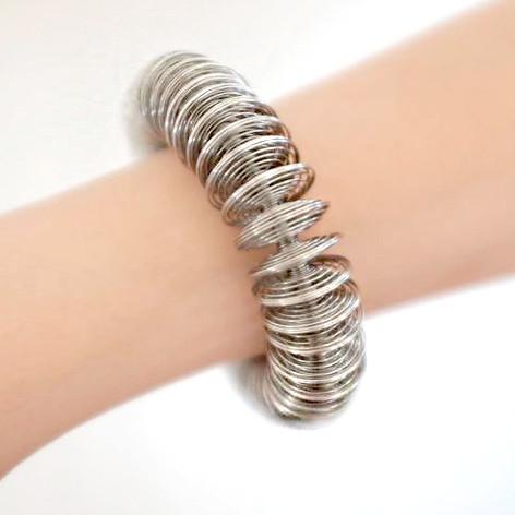Disco Bracelet_Try on
