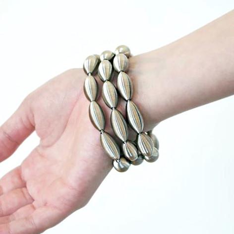 Lotus bracelet_Try on