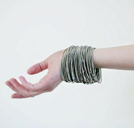 Tiziana spring bracelets_Try on