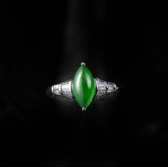 翡翠  天然橄欖型 全綠翡翠鑽戒