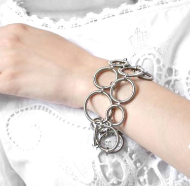Light bracelet_Try on