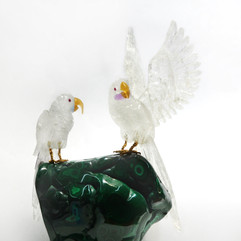 白水晶鸚鵡雕件