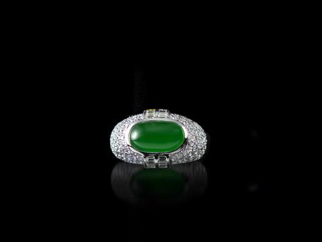 在同樣的 光源和背景中 比較翡翠綠色的 深淺和鮮豔度