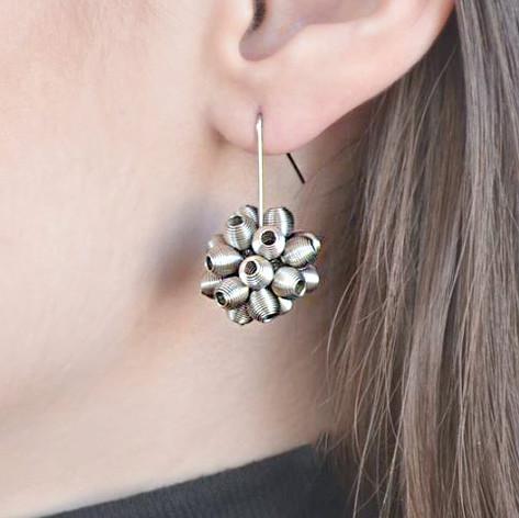 Epi earrings_Try on
