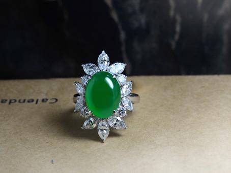 綠色翡翠挑選經驗談 深綠色翡翠中的嬌豔度