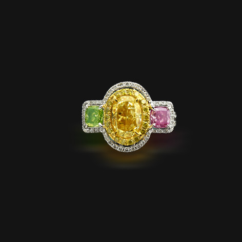 GIA證 2.15克拉橢圓型金黃鑽戒