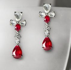鴿血紅紅寶石耳環