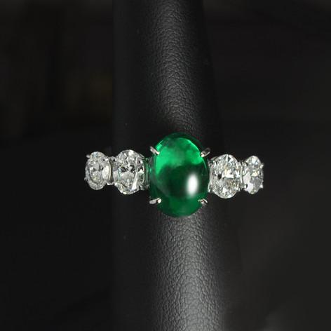 祖母綠  4.40 克拉 祖母綠鑽戒