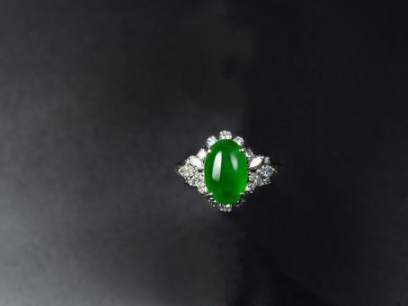 翡翠〝買進賣出〞時〝綠色〞的比較