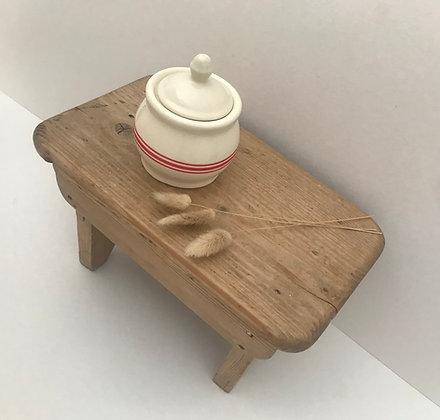 Beautiful Stripe French Style Lidded Pot