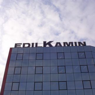 Edil Kamin Insegna