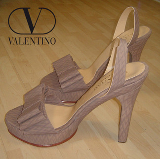 Valentino Mockup Scarpe
