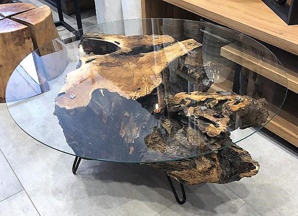 שולחן זכוכית בול