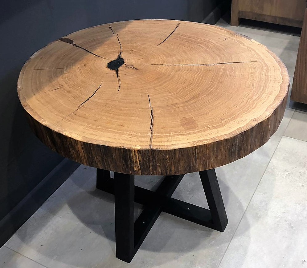 שולחן אלון עגול