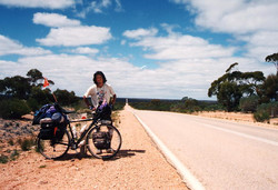 Crossing the Nullabor Plain(1995)