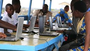 Le cyber pirogue solairebéninois fête son premier anniversaire