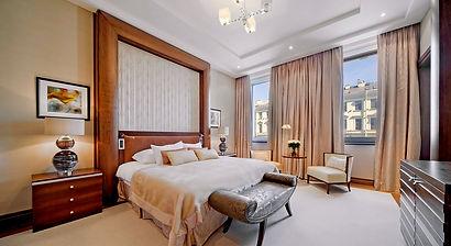 corinthia hotel UP.jpg