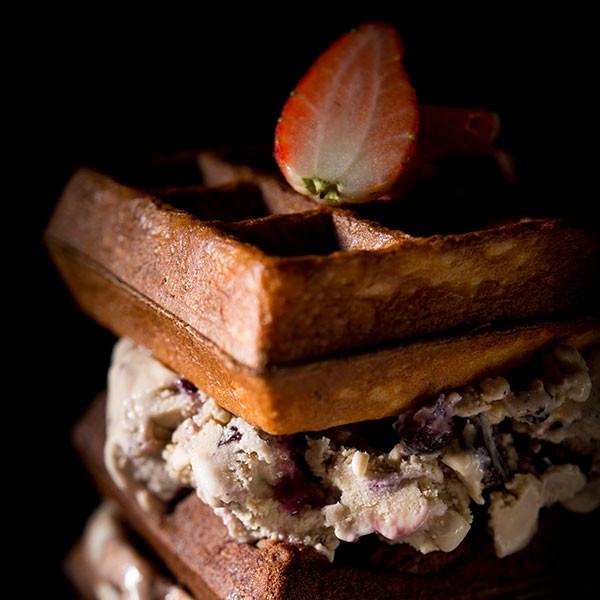 Toms-Palette-Brownie-Waffle.jpg