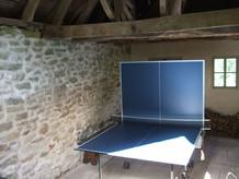 Gîte Abri et table de ping pong