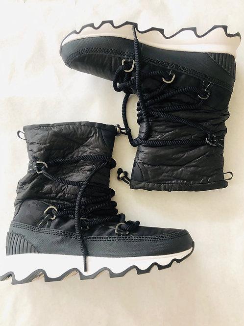 Sorel Snow Boots Size 9.5