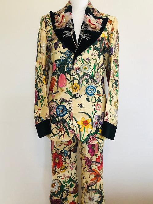 Gucci Suit Size 8