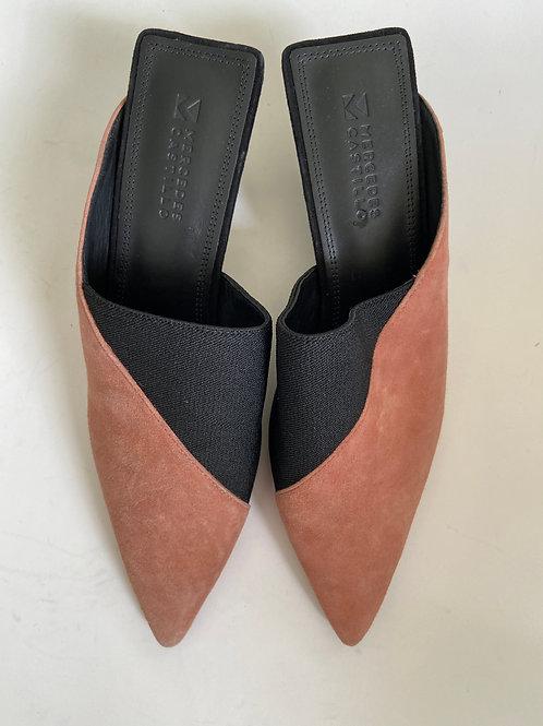 Mercedes Castillo Mules Size 6