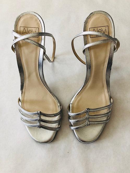 Alevi Sandals Size 7