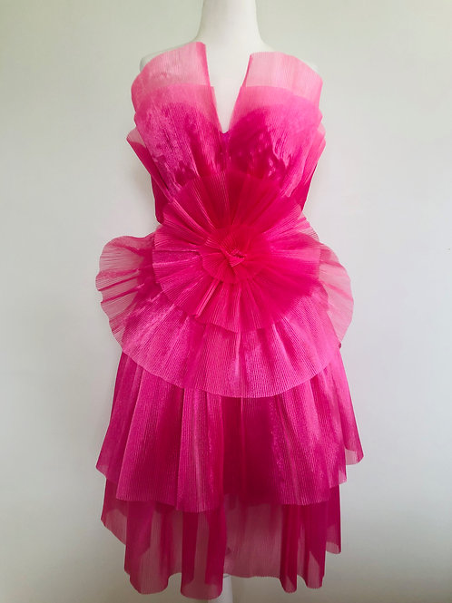 Forever Unique Ruffle Tiered Dress Size 4