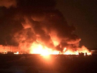 順德塑料廠漏夜大火 連燒三個多鐘頭