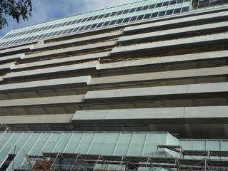 新竹市林森立體停車場 帷幕防火層間塞施工中!